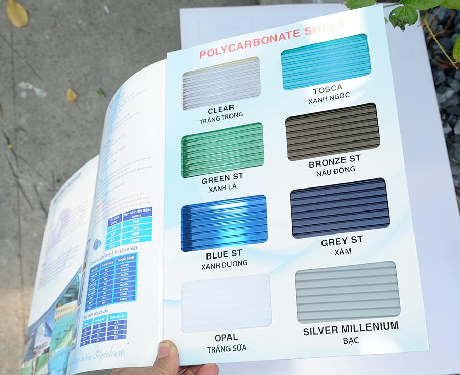 bảng mã màu tấm nhựa thông minh polycarbonate rỗng ruột