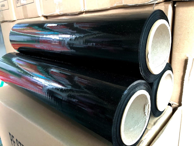cuộn màng film PE quấn tay màu đen