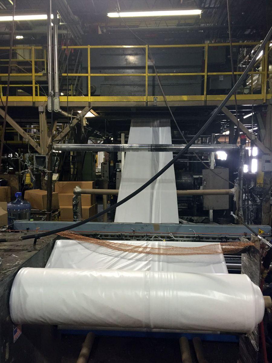 phương pháp sản xuất cuộn màng PE công trình