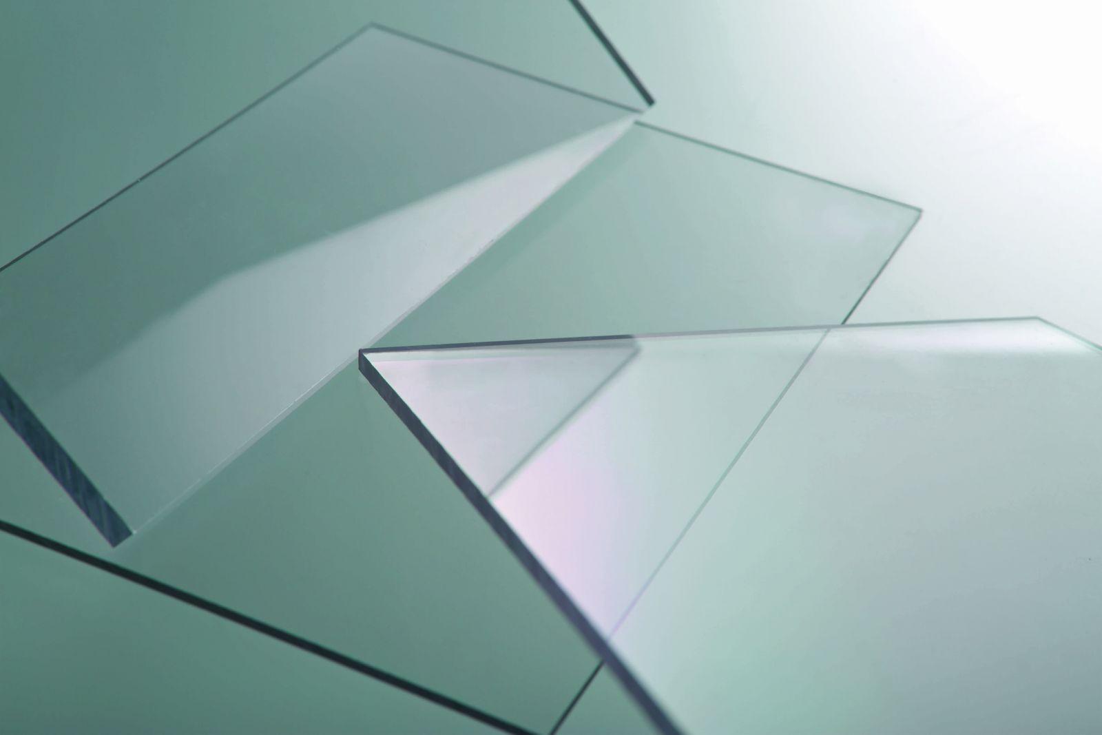 tấm nhựa lấy sáng đặc ruột cao cấp solarflat