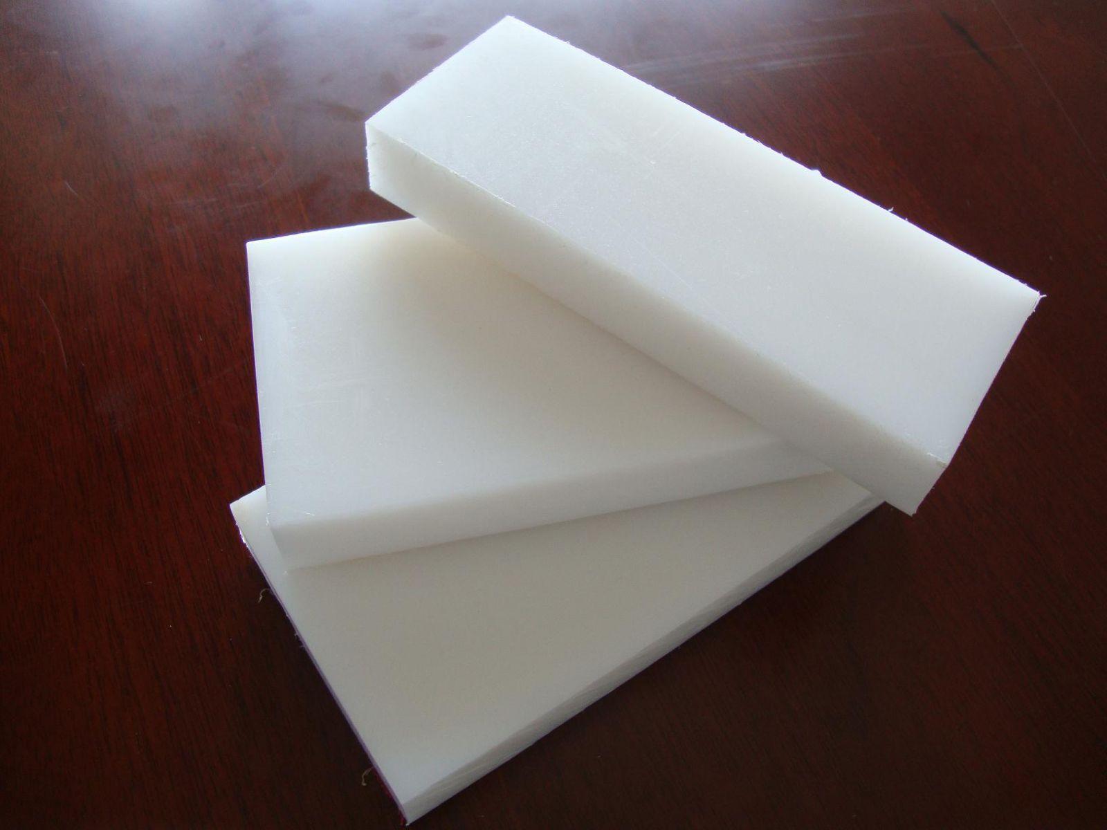 Tấm nhựa PP màu trắng sữa